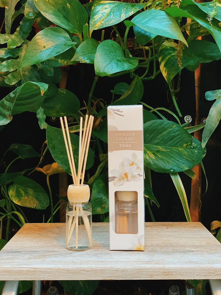 Simple Home Store - Аромадифузори, аромасвічки та спреї : як правильно обрати аромат для дому?