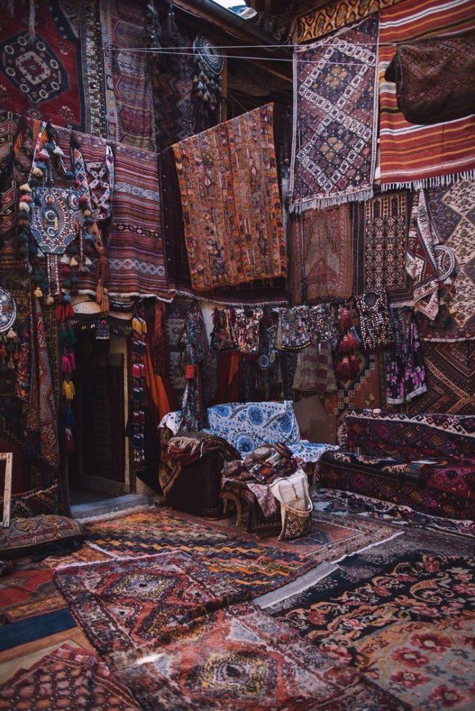 Simple Home Store - Турецькці килими з багатою історією та сучасним підходом